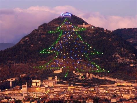 gubbio s enormous christmas tree on mount ingino amusing
