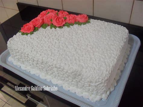 como decorar bolo efeito cesta t 201 lo bolos confeitaria artesanal bolo de rosas decorado