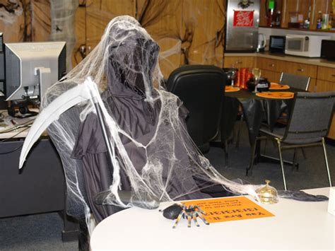 halloween themes for the workplace halloween decorating contest