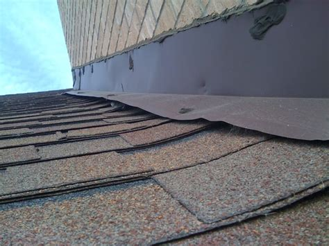 steps  performing  roof inspection  video