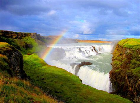 beautiful places to visit gullfoss golden falls iceland beautiful places to visit