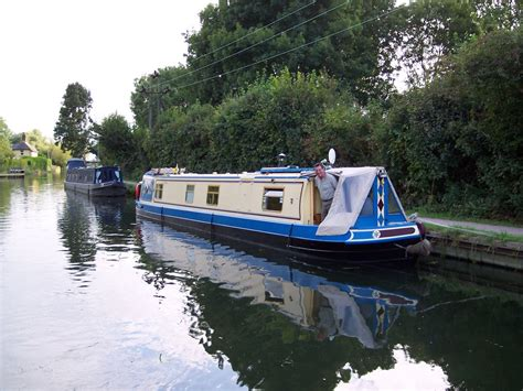 house boat holidays canalability canal boat holidays 9 canalability