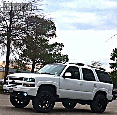 Custom White 03 wheel offset 2003 chevrolet tahoe aggressive 1 outside fender suspension lift 3 custom rims