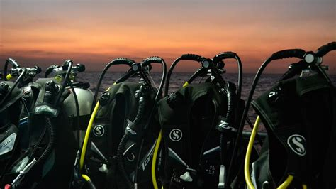 dive equipment scuba diving equipment aussie divers phuket