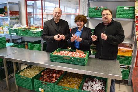 tafel bayreuth koschyk unterst 252 tzt bayreuther tafel auch 2014 mit