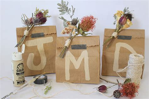 melanie s dried floral diy wrapping tutorial the jungalowthe jungalow