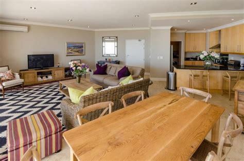 self catering appartments cape town holiday accommodation agency directory