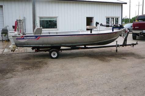alumacraft boat ladders owner relocation sale 236 in alexandria minnesota by kan