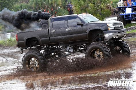 mudding trucks girls and mud trucks www imgkid com the image kid has it
