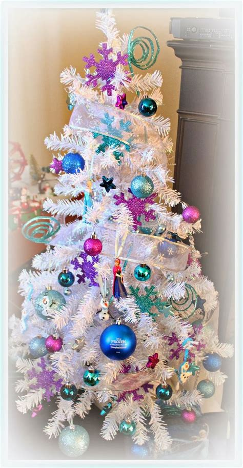 disney frozen christmas tree christmas pinterest