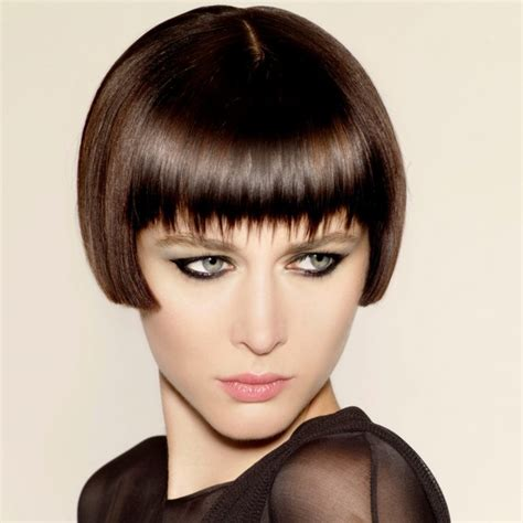 very short hairstyles with fringesport i really love the bob i ve never done a short bob and