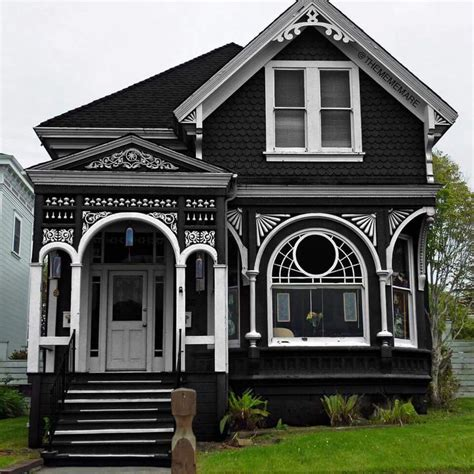 Victorian Gothic Homes Best 20 Gothic House Ideas On Pinterest Victorian