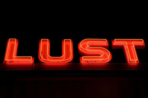 what is the app that love lust or run use lust at night flickr photo sharing