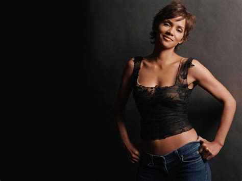 halle berry hd wallpapers weneedfun