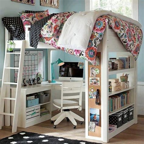 Loft Bed Underneath by 20 Loft Beds With Desks To Save Kid S Room Space Kidsomania