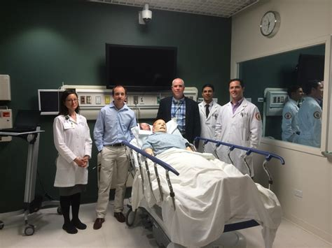 Loyola Emergency Room by New Neurologists Receive Stroke With Mannequins