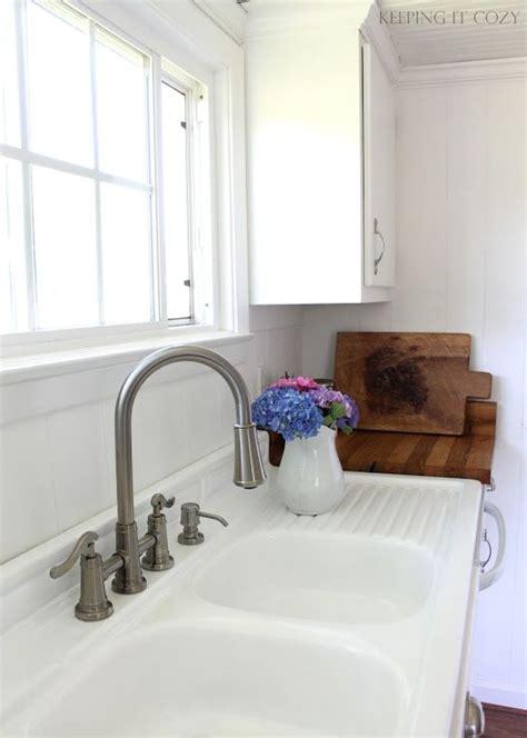 farmhouse blog 25 best ideas about vintage farmhouse sink on pinterest