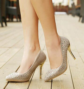 Sepatu Wanita High Heels Model 055 Models In High Heels And Hose Model