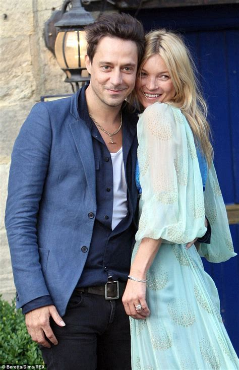 jamie hince  cite adultery  divorce  kate moss