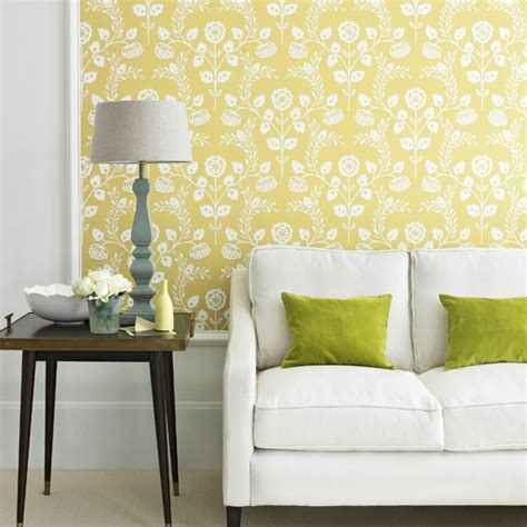 Living Room Yellow Wallpaper Yellow Country Living Room Decorating With Country