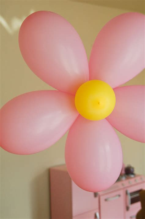 diy party decorations flower balloons