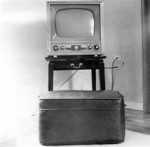 what year did the color tv come out file television set from the early 1950s jpg wikimedia