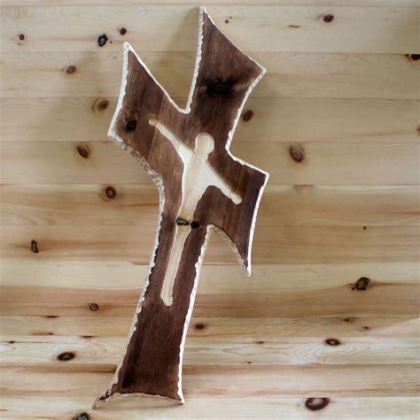 wohnkultur strantz wandkreuz aus zirbenholz zirbenholz produkte