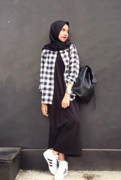 Baju Tartan Blouse Aj pelangi hitam fashion kus