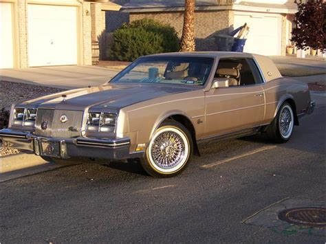 classifieds for 1985 buick riviera 6 available