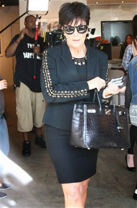bruce jenner out of the closet bruce jenner is a closet transgender lol stop it kris