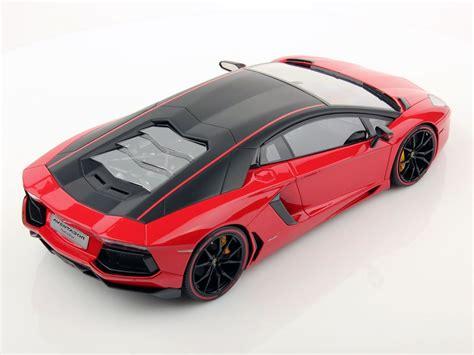 1 Lamborghini Aventador Lp700 4 by Lamborghini Aventador Lp700 4 Pirelli Edition 1 18 Mr