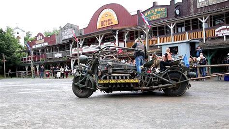 Boss Hoss Motorräder In Deutschland by Das Gr 246 223 Te Motorrad Der Welt In Pullman City Harz Youtube