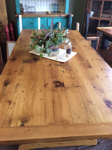 reclaimed   medium character white pine barn wood