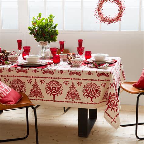 tavoli natalizi tavola di natale 30 idee per apparecchiare impulse