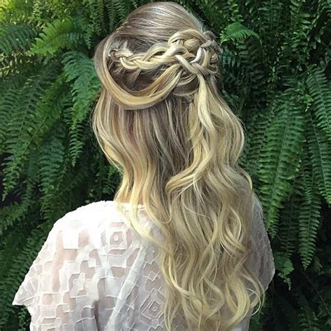 Wedding Hairstyles Soft Curls by 31 Half Up Half Hairstyles For Bridesmaids Stayglam