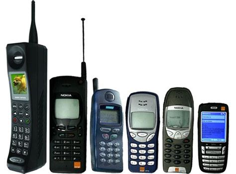 a mini timeline from the mobile phone to one of the nokia phones as you see