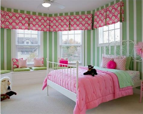 curtain ideas for little girl rooms little girls room pink and green window treatments