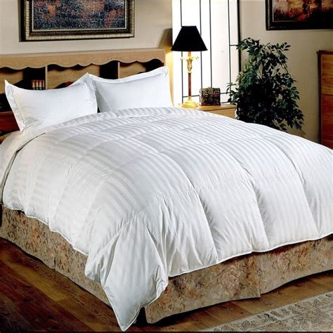 white fuzzy comforter 25 best ideas about white down comforter on pinterest