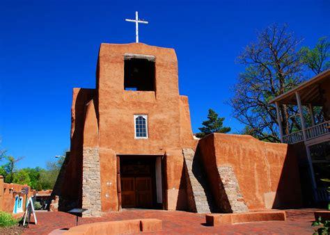 churches in santa fe
