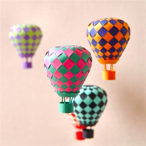 Papercraft Decorations - 40 ways to decorate your home with paper crafts
