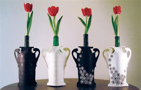 Recycle Flower Vases by Recycle Your Bottles As Stylish Flower Vases Gardens