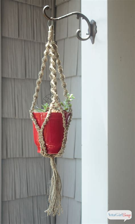 How To Make A Macrame Hanger - diy macrame plant hanger
