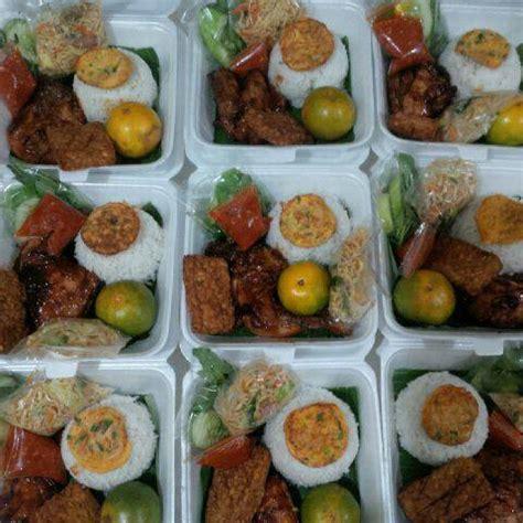 Waralaba Teh 2 Daun mengenal kemasan nasi kotak yang laris di masyarakat nasi kotak surabaya murah