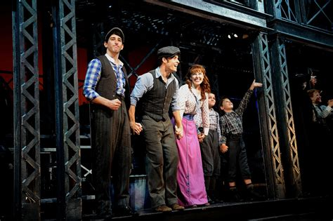 broadway curtain call corey cott pictures newsies final broadway curtain