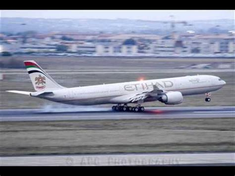 emirates or etihad emirates vs etihad airways youtube
