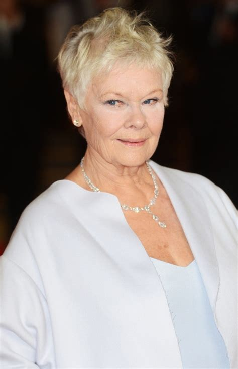 judi bench judi dench picture 33 world premiere of skyfall arrivals