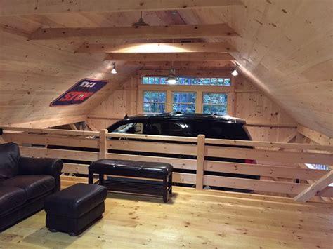 partial loft     story barn open  car lift bay