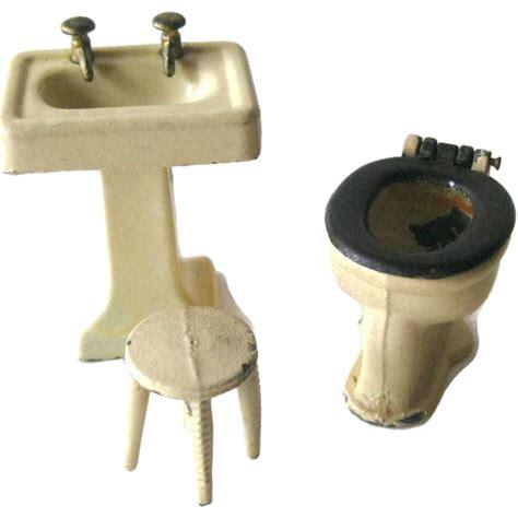 tootsietoy bathroom fixtures including pedestal sink stool