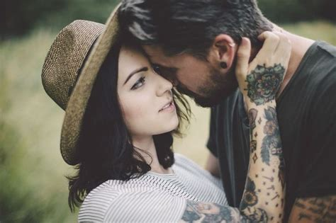tattooed couple photography best 25 tattooed couples photography ideas on