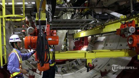 Mesin Bor Air Bawah Tanah presiden jokowi resmikan pengoperasian mesin bor proyek mrt bernama antareja indonesia media